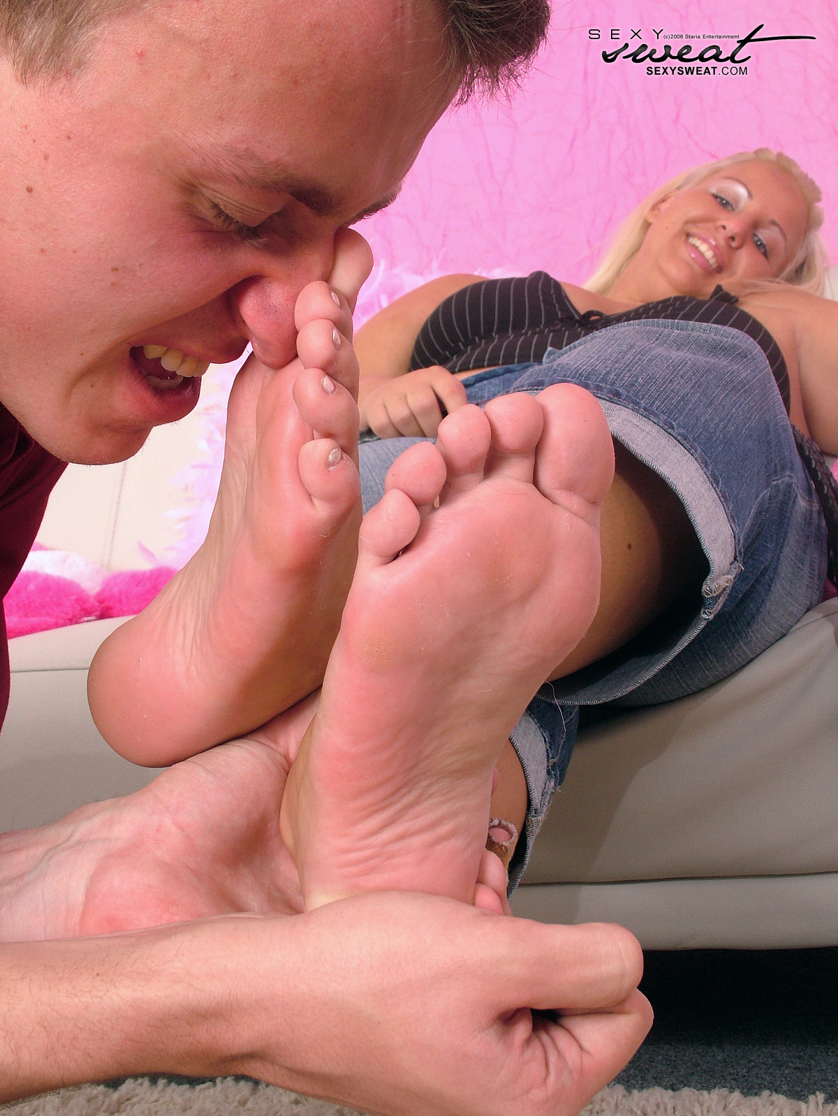 Sweaty feet worship
